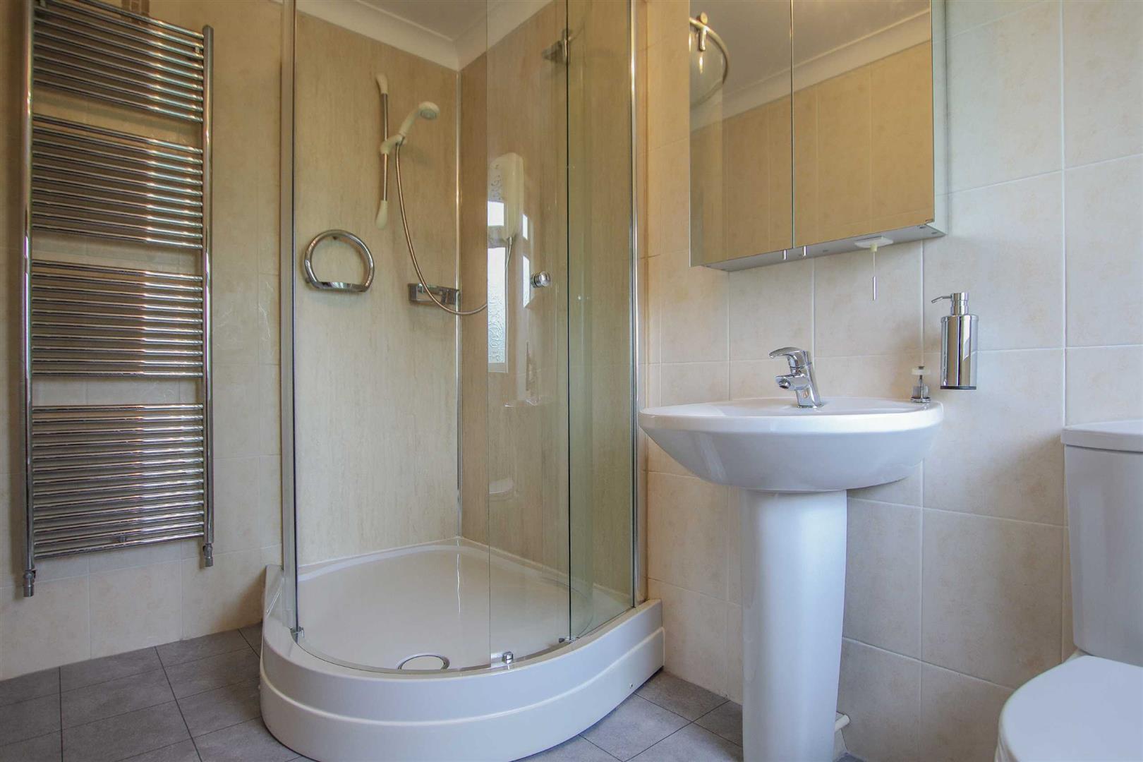 5 Bedroom Detached Bungalow For Sale - Image 29